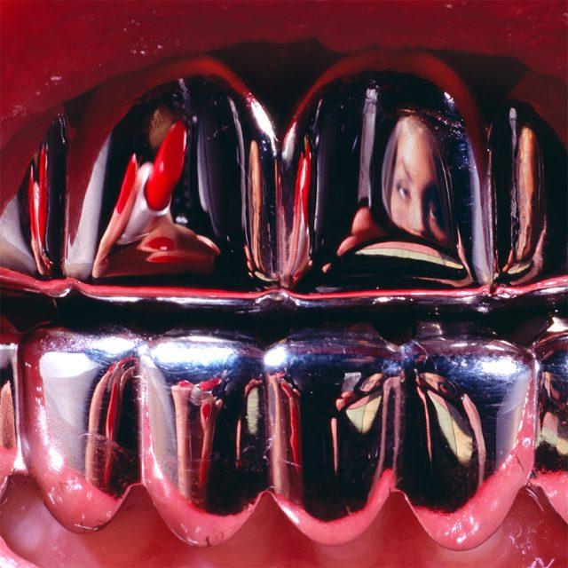Lipstick Grillz